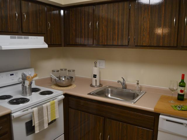 Korman Residential At Cherrywood 2 Bedroom Condo For Rent At 1200 Little Gloucester Rd, Cl...