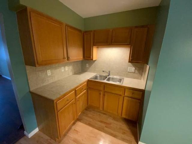 Lakefront 2 Br Remodeled Upper Condo Water Included 310 Center Ave 3, Sheboygan
