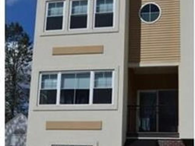 Landlord Special 1 Month Free Rent When You Sign A Lease. 2 Car Garage!
