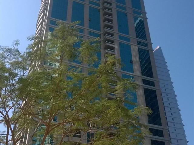 Large 2 Bedrooms Plus Made Full Lake View In Jlt Aed 155,000