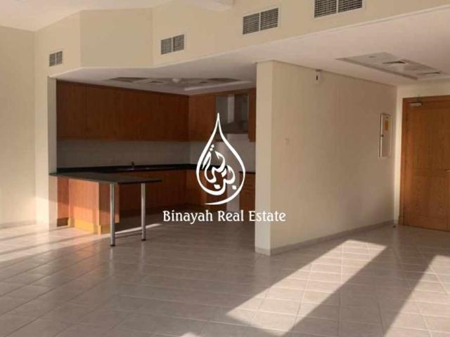 Large 2 Br+ Store 1 Month Free  discovery