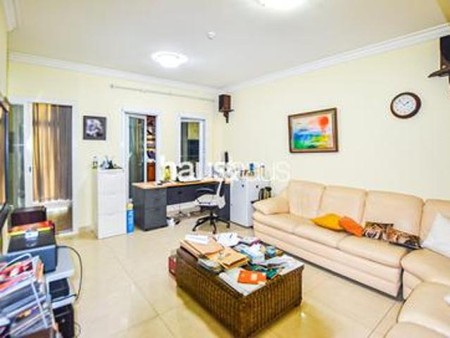 Large 3 Bed + Maids | Vacant On Transfer |