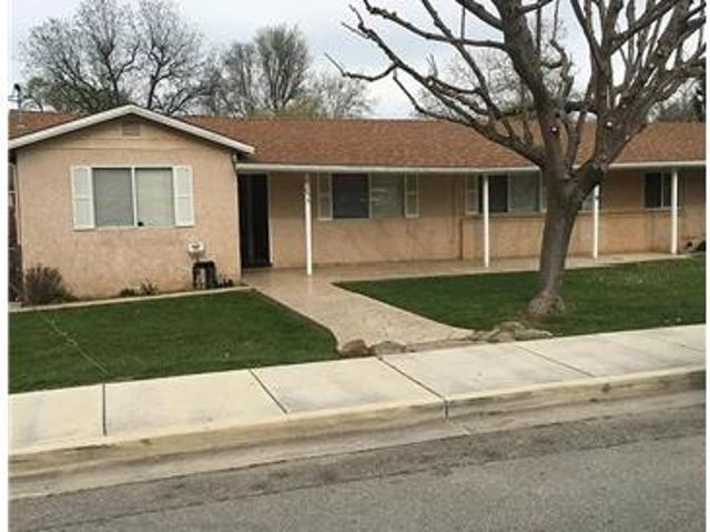 Large 4 Bedroom Family Home In Ideal Location. Sit