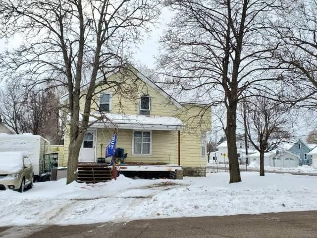 Large Home For Sale Menominee