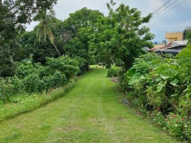 Large Residential Lot Overlooking Tagaytay