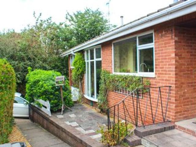 Lawrence Avenue, Eastwood Ng16, 4 Bedroom Detached Bungalow