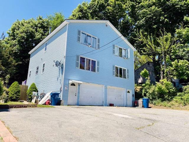 Lawrence Two Br 1.5 Ba, Awesome Commuter Location For This