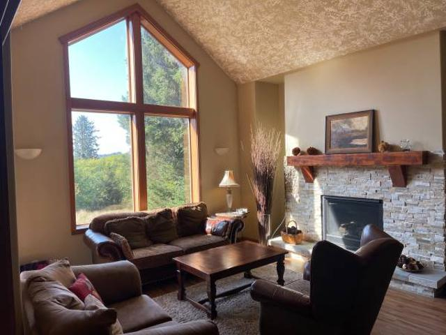 Lincoln City Large Newer 3 Bdrm, 2.5 Bath Lincoln City