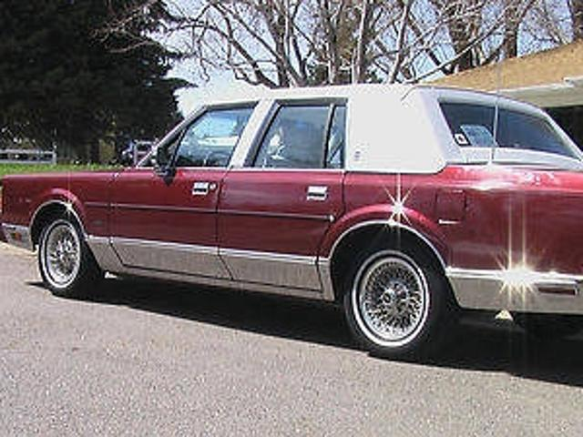 Lincoln Town Car Used 1989 Lincoln Town Signature Mitula Cars