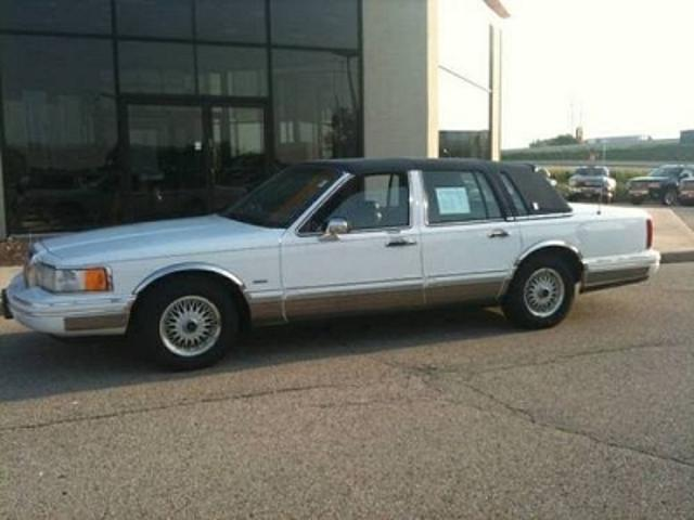 Lincoln Town Car In Wisconsin Used Lincoln Town White Wisconsin