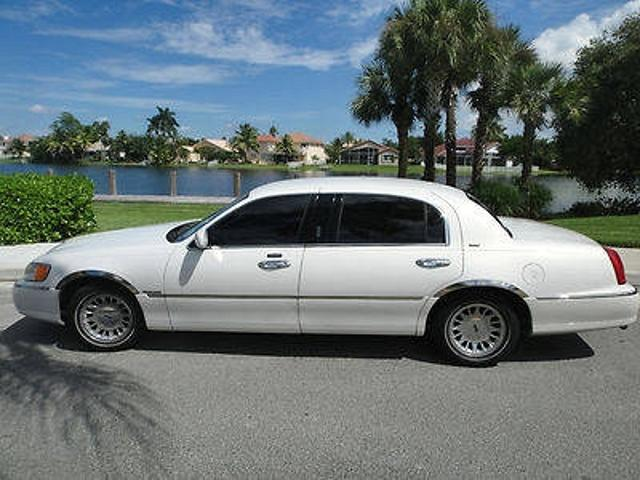 Lincoln Town Car Used Lincoln Town Long Wheelbase Mitula Cars