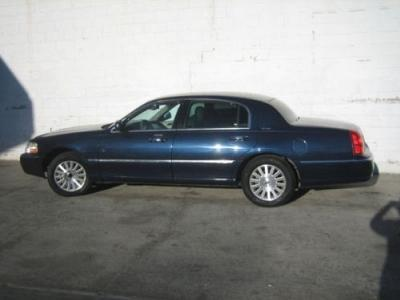 Lincoln Town Car Used Lincoln Town Taxi Mitula Cars