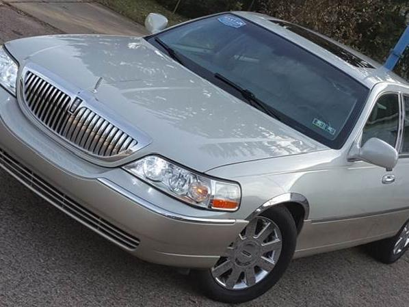 Lincoln Town Car Cleveland 82 Lincoln Town Car Used Cars In
