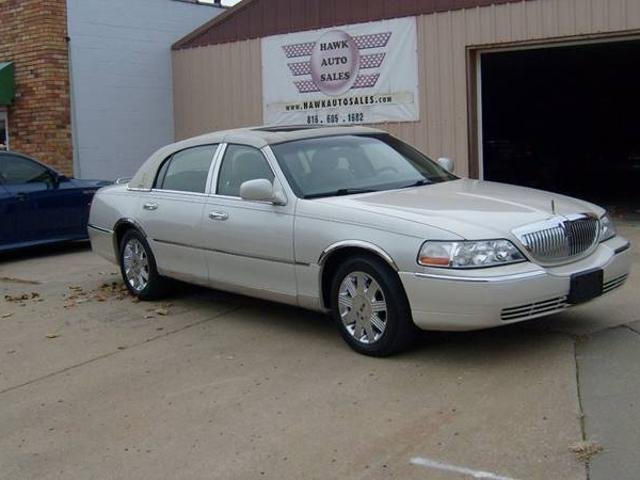 Lincoln Town Car Used Lincoln Town Gold Trim Mitula Cars