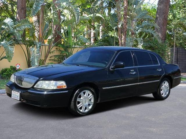 Lincoln Town Car Executive In California Used L Mitula Cars
