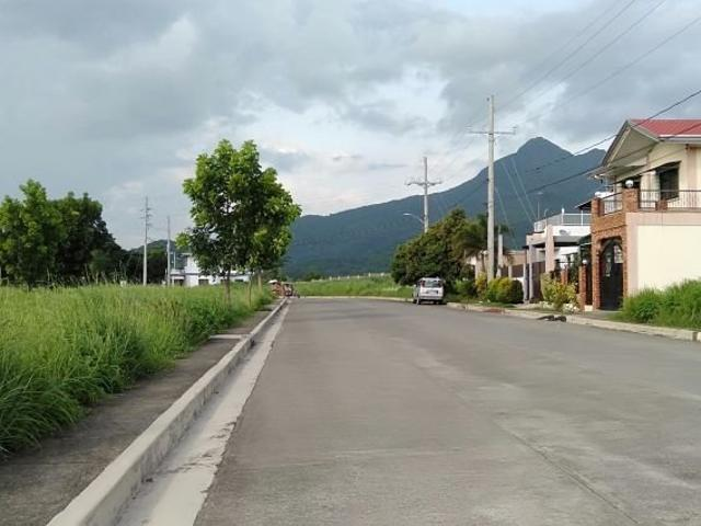 Lot For Sale In Ponteverde Sto Tomas Batangas 100sqm At P4