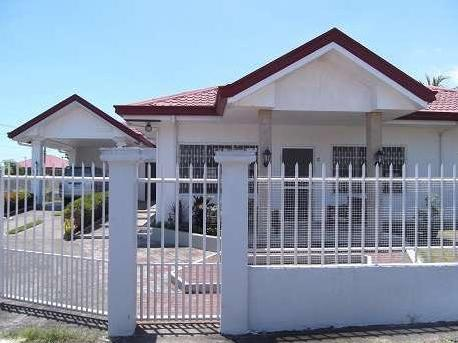 Lot With Two Houses For Sale In Dumaguete City