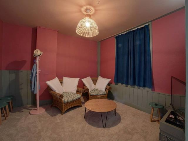 Lovely English House Near Greenwich Town Centre
