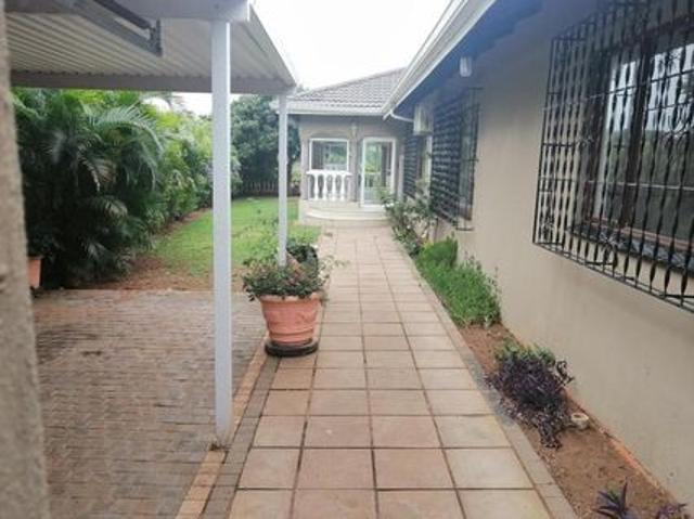 Lovely Family Home In Durban North