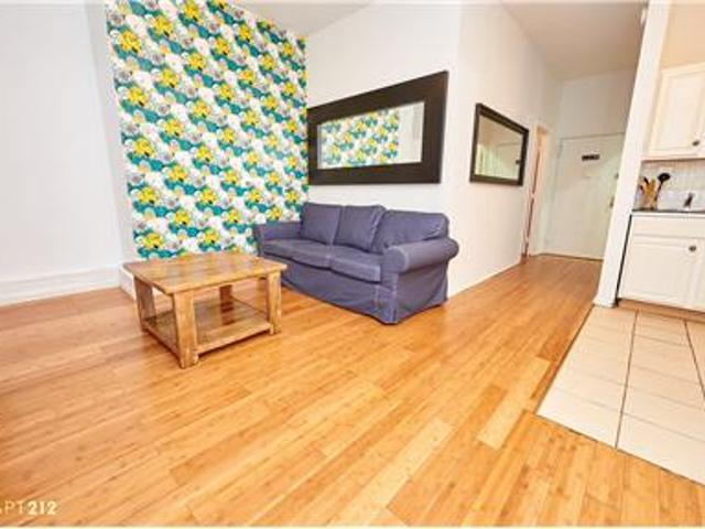 Lovely Furnished 3 Br Apartment