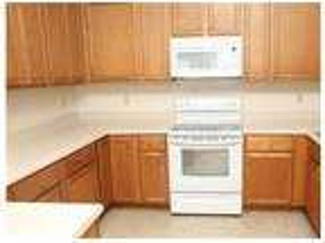 Luxurious 1 Br In Old Trail. Pet Ok!