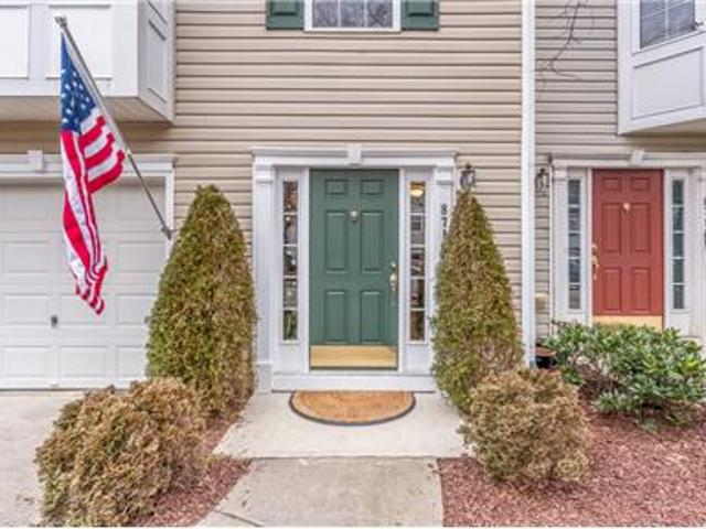 Luxurious 3story Townhome For Rent In Northraliegh