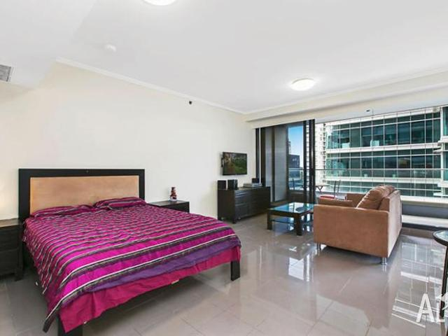 Luxurious Modern Apartment In Prestigious World Tower Sydney In Sydney, New South Wales Fo...