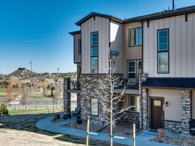 Luxurious Townhome For Rent 1566 Castle Creek Circle
