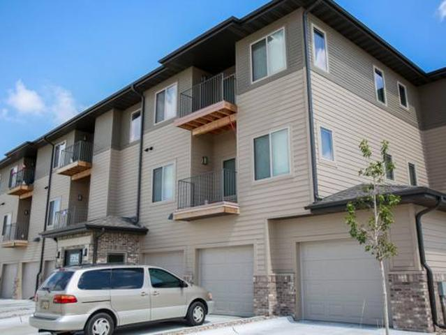 Luxury 3 Bedroom Available Now Grand Island