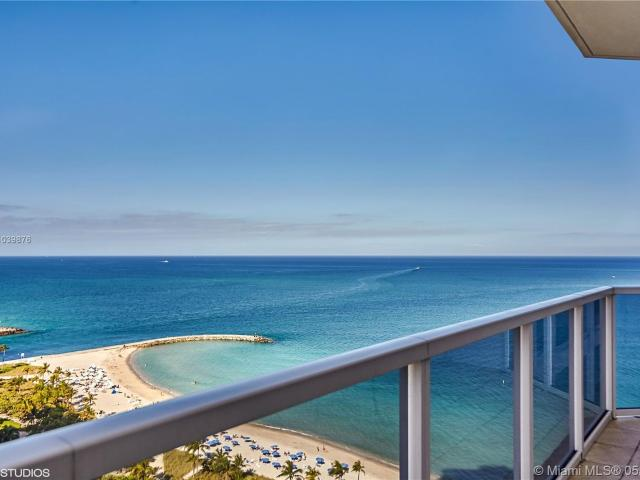 Luxury Apartment Complex For Rent In Bal Harbour, Florida