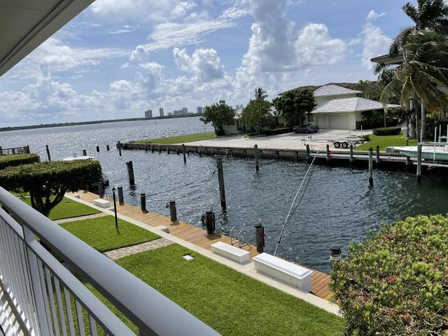 Luxury Apartment Complex For Rent In North Palm Beach, Florida