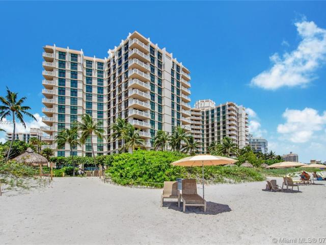 Luxury Apartment Complex For Sale In Key Biscayne, United States