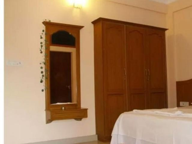 Luxury Group Accommodation For Travellers In Ernakulam