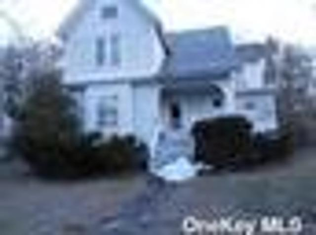 Luxury House For Sale In Port Jefferson, New York