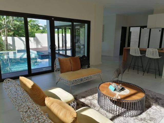 House And Lot With Swimming Pool In Mactan For Sale 7196698