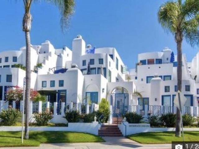 Luxury Townhouse For Rent In La Jolla, United States
