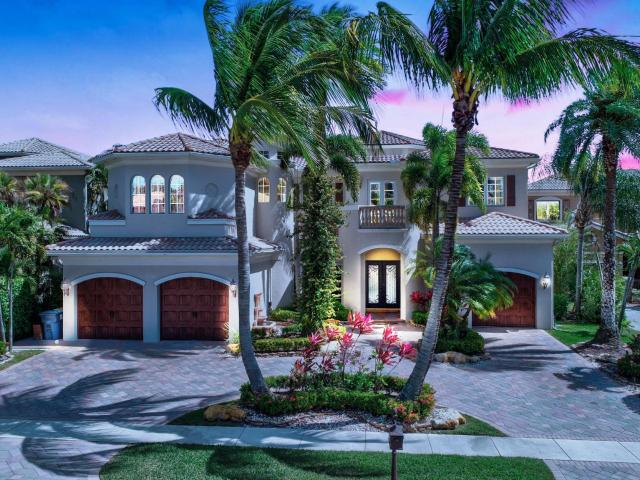Luxury Villa For Sale In Boca Raton, Florida