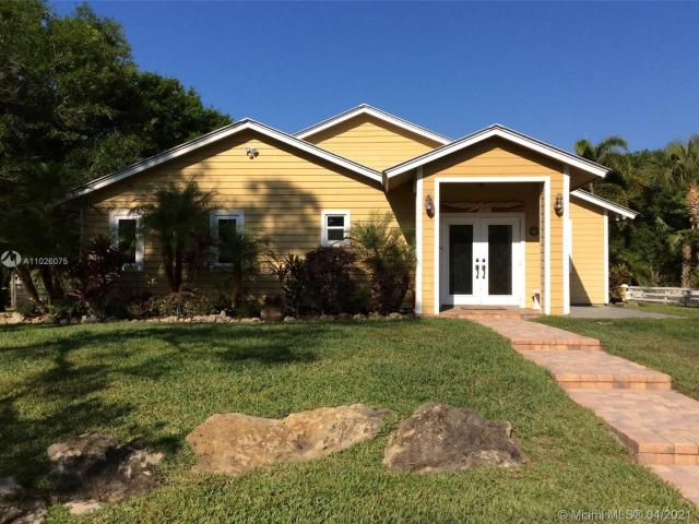 Luxury Villa For Sale In Palm City, United States