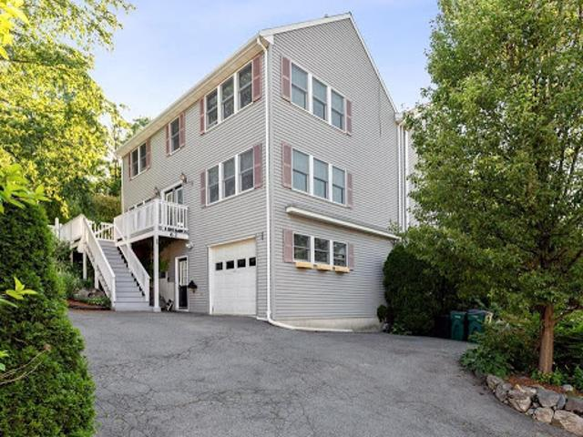 Lynn Three Br 1.5 Ba, A Big Home With Big Rooms! Over Sized