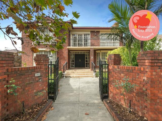 Magnificent Family Home In A Prized Alphington Position