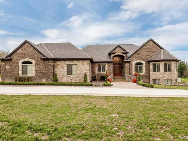Magnificent Oakland Estate On Almost 4 Acres With Land Contract Terms Oakland Twp
