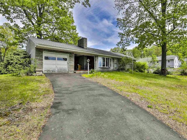 Manchester One Ba, Ranch Style, Three Br Home On An Oversized