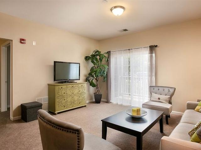 Marquis Place Apartment Homes 1000 Marquis Pl, Murrysville, Pa 15668