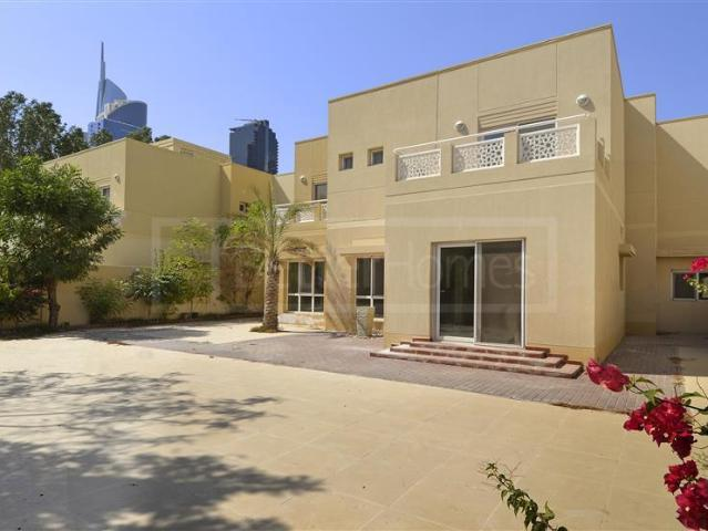 Meadows 2 Type 10 Unfurnished With Balcony Family & Maid's Room Aed 4,999,000