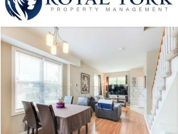 Incredible Townhouses 3 Bedroom 2 Bathroom Toronto Scarborough Home Interior And Landscaping Synyenasavecom