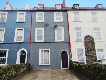 Airbnb | Glanmire Court - Vacation Rentals & Places to Stay