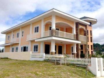 House Tagaytay Tennis Court Houses In Tagaytay Dot Property