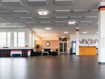 Rent a 4 room Penthouse property in Zrich - Witikon