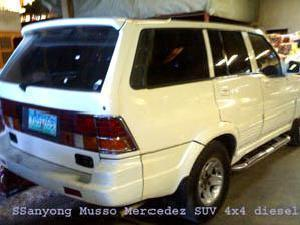 Ssanyong mercedez suv for sale p 150 000 or less