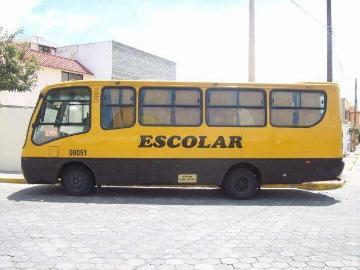 Vendo Bus Y Puesto De Cooperativa Escolar Quito